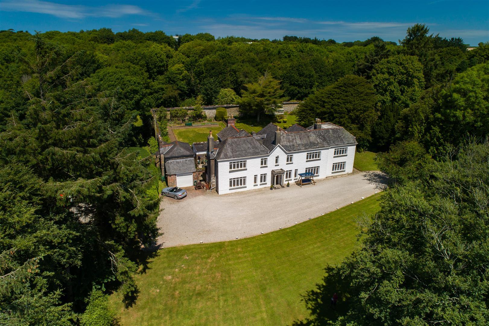 Trekenning Manor House
